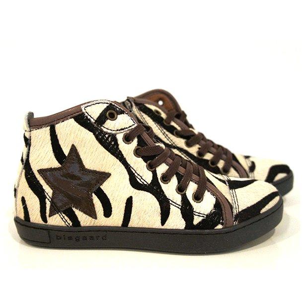 BISGAARD - Støvlet i zebra, lynlås i siden.