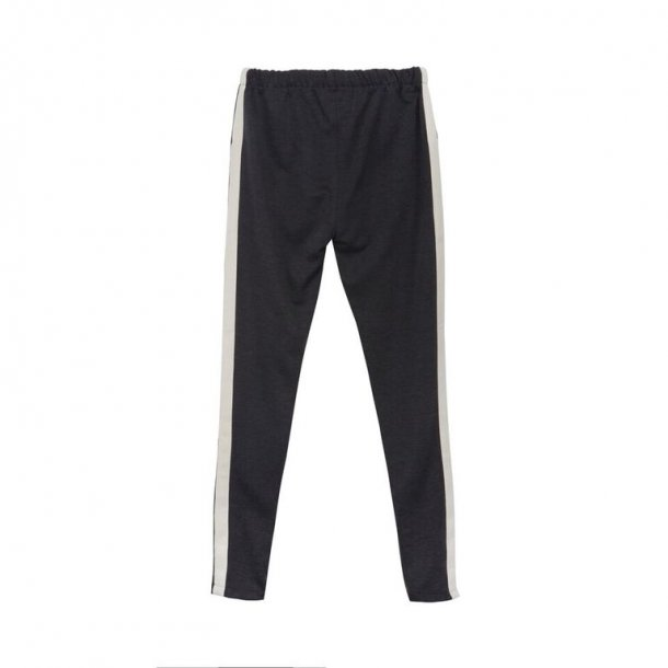 ROHDE - Blød grå buks med stribe og lynlås forneden.