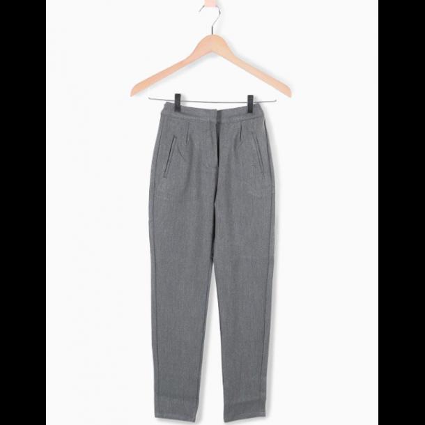 GRUNT - Bukser med stretch i lys grå..