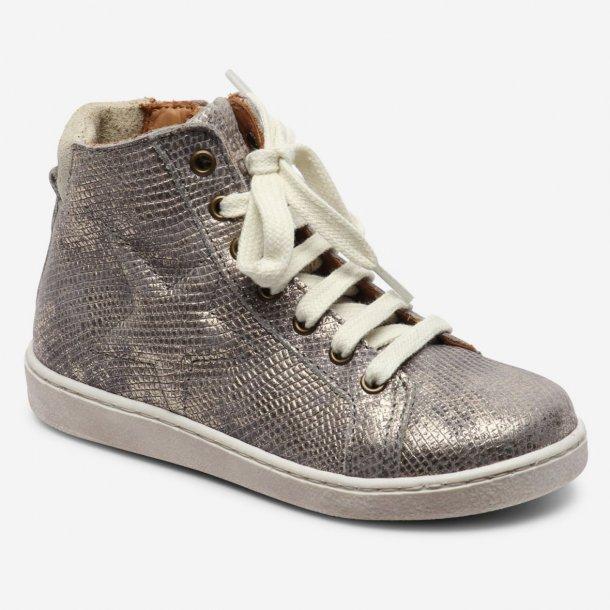 BISGAARD - Sneakers i grå metallic. Lynlås i siden.