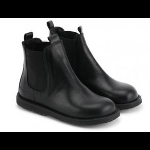 b90b72fc2c0 ANGULUS - Chelsea støvle i sort skind og sort sål. Bred model 2192