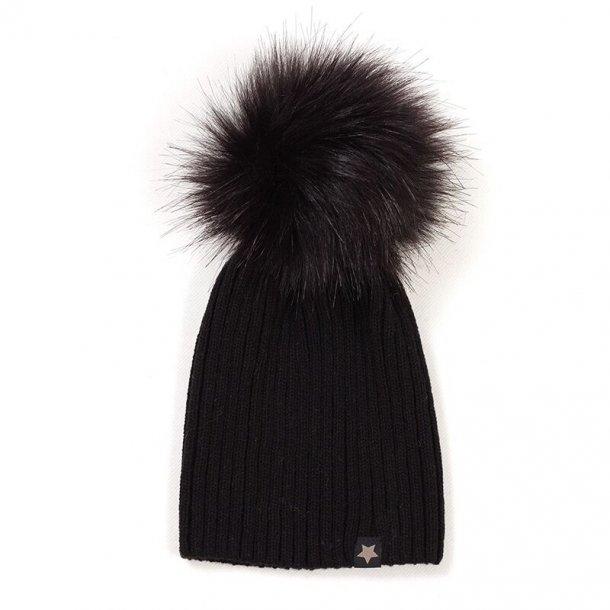 HUTTELIHUT - Tophue i sort uld med sort fakefur