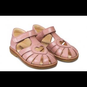 eb2239efcd9 ANGULUS - Sandal med hjerte i lyserød lak
