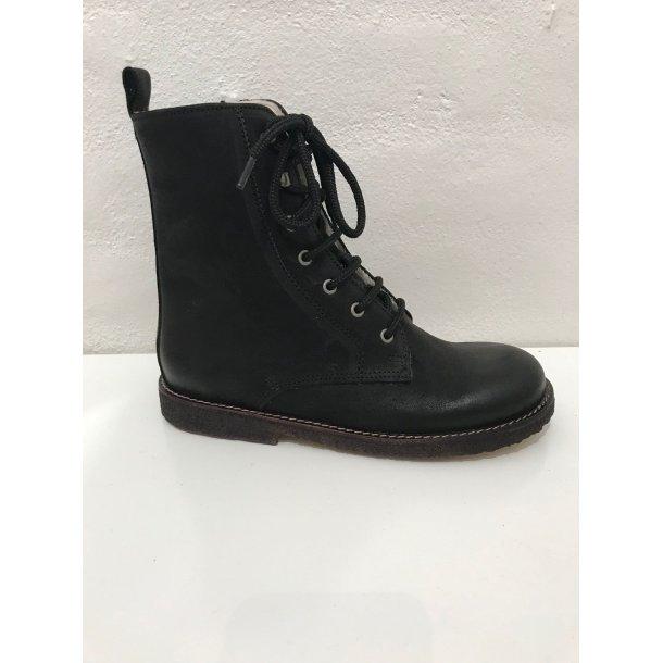 ANGULUS - Støvle med uldfoer, snøre og lynlås i sort
