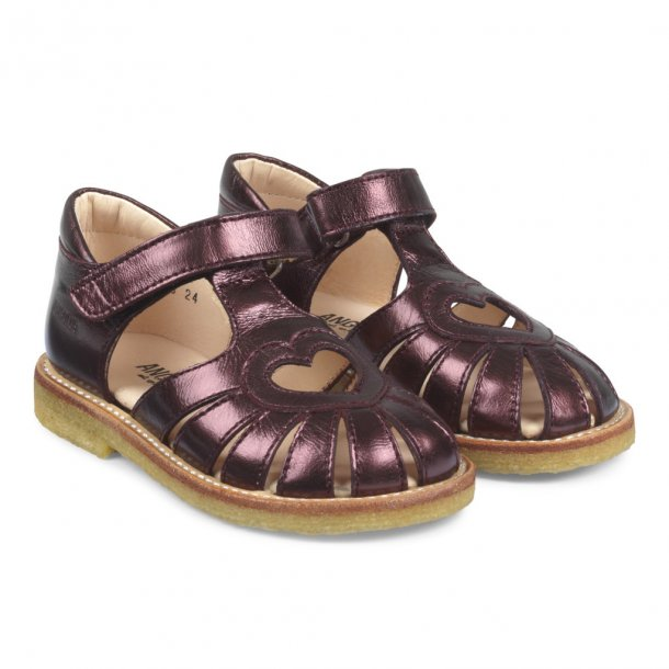 ANGULUS - Sandal lukket model i bordeaux shine. Smal model..
