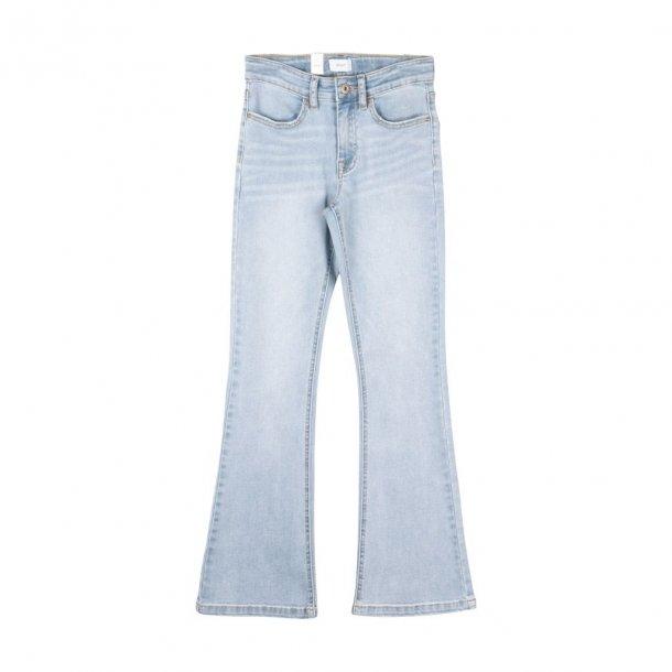 GRUNT - Jeans i lys vask med svaj..