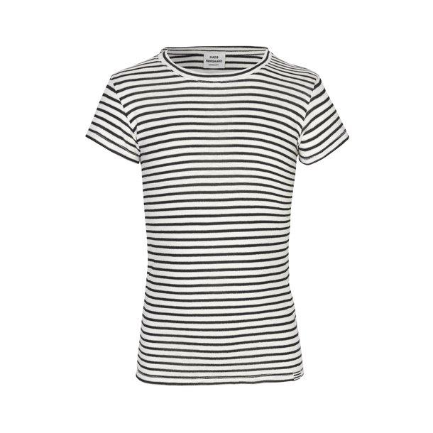 MADS NØRGAARD - T-Shirt i sort-hvid-sølv stribet. Tuvina