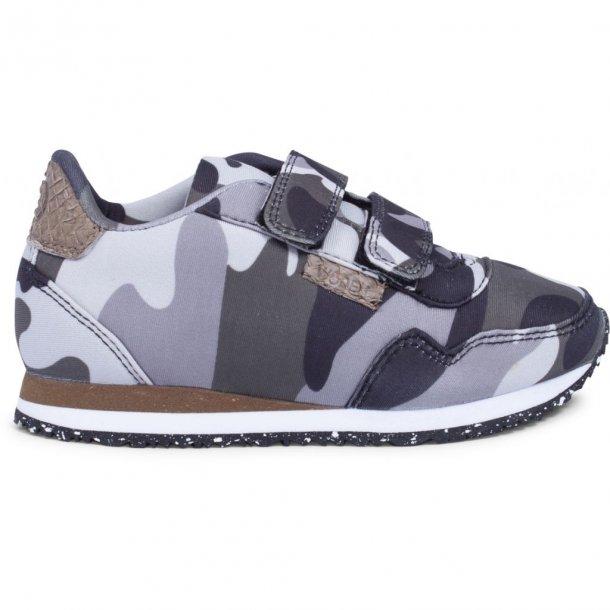 WODEN - Sneakers i sort-grå camo