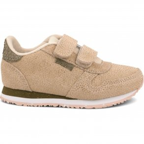 08c38d1646a9 WODEN - Sneakers i English rose pearl