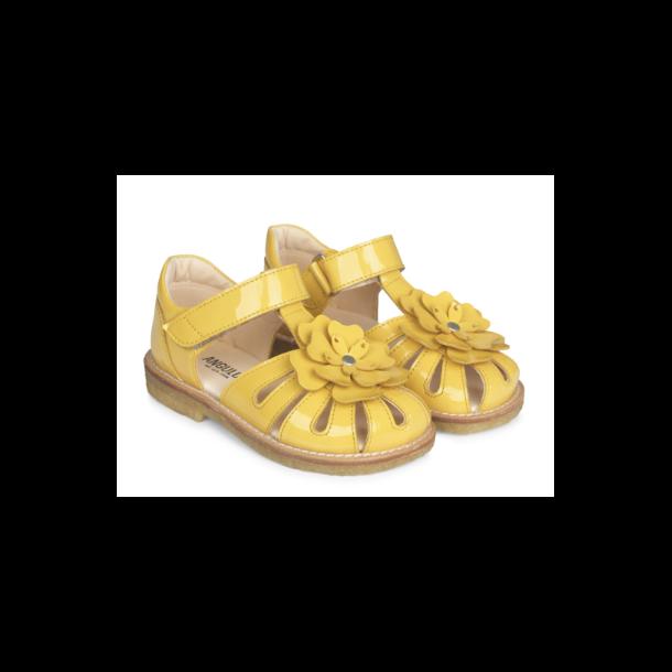 ANGULUS - Sandal lukket model  med blomst i gul..