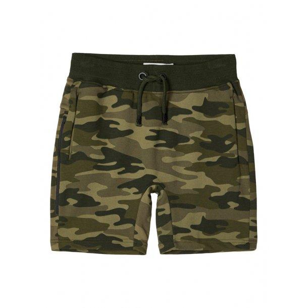 NAME IT - Shorts i camo. Mini