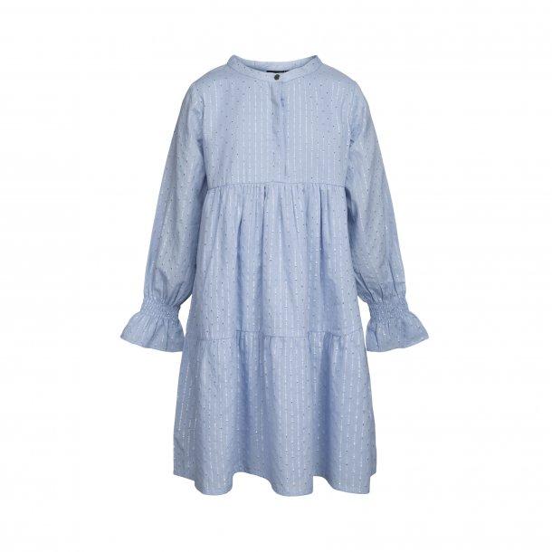 SOFIE SCHNOOR - Kjole i lyseblå med sølvstribe