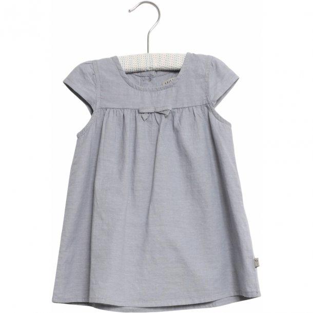 WHEAT - Baby kjole i blød chambrey. Imelda